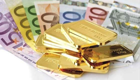 gold_bars_and_euro_bank_notes_08545CS-U