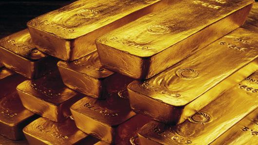 100643169-gold-bars-pyramid-ap.530x298